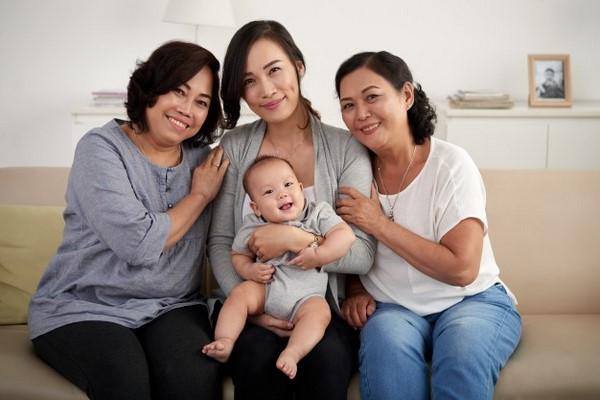 Bảo hiểm sức khỏe cho bé - cha mẹ nào cũng cần biết