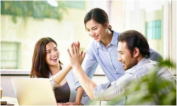 Tại sao nên mua bảo hiểm sức khỏe cho nhân viên?
