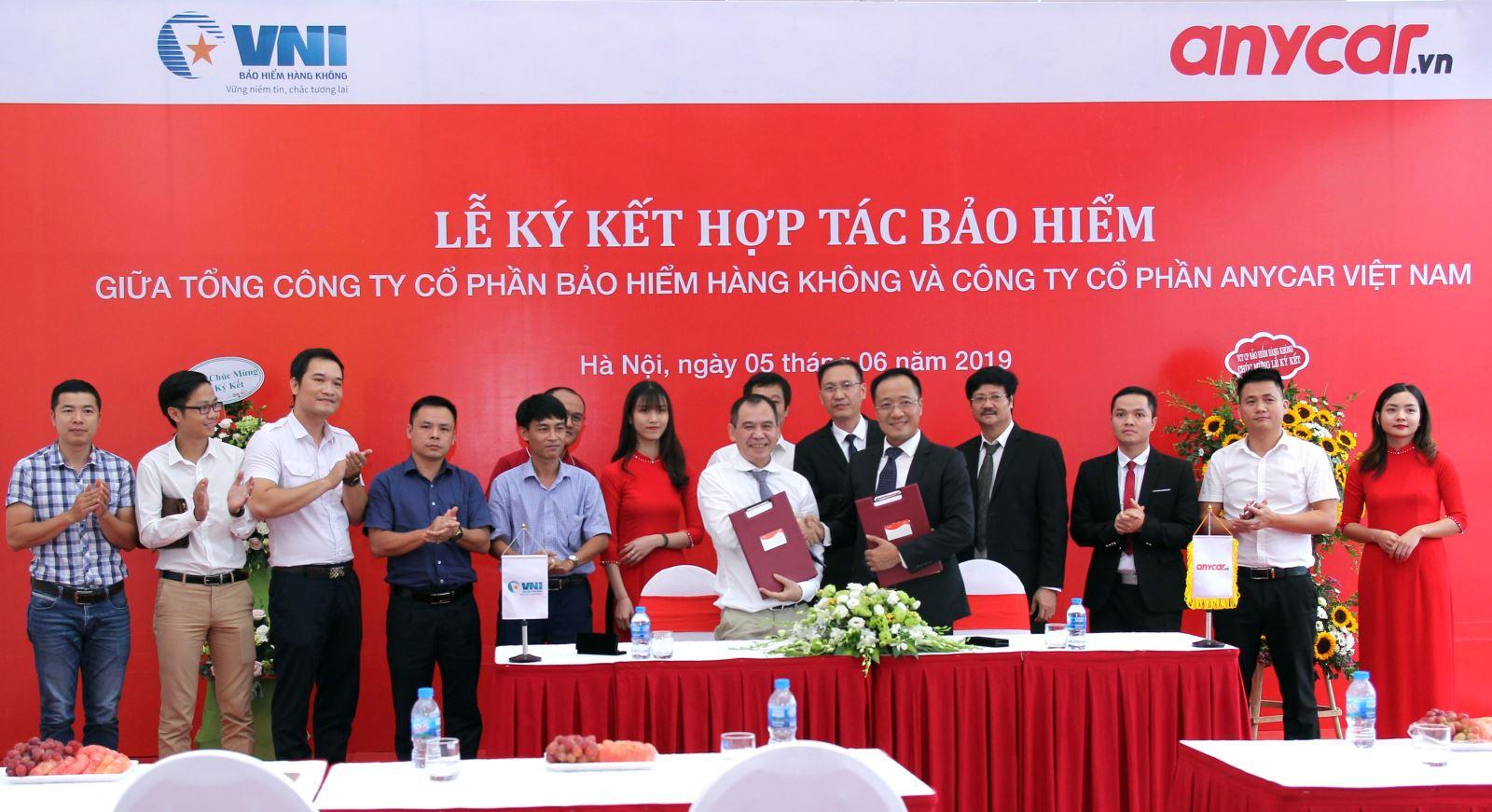 VNI & Anycar Việt Nam ký hợp tác bảo hiểm mang lại tiện ích cho khách hàng