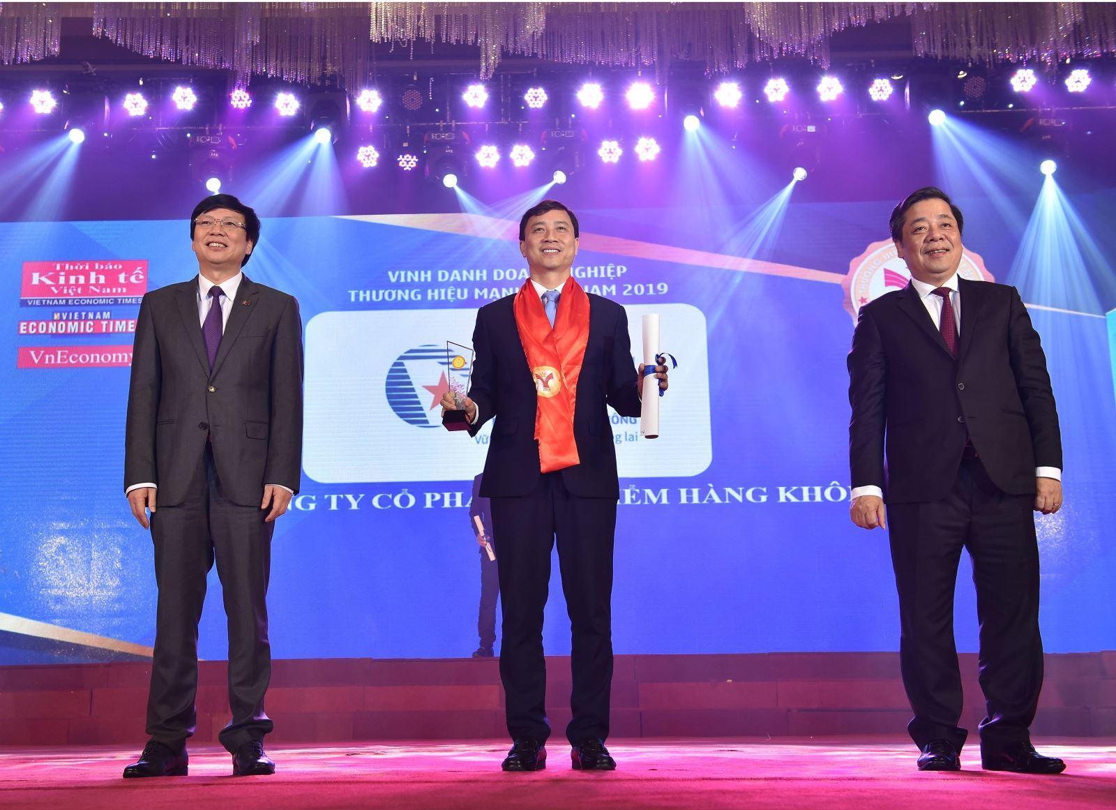 Bảo hiểm Hàng không (VNI), hai năm liền nhận danh hiệu Thương hiệu mạnh Việt Nam