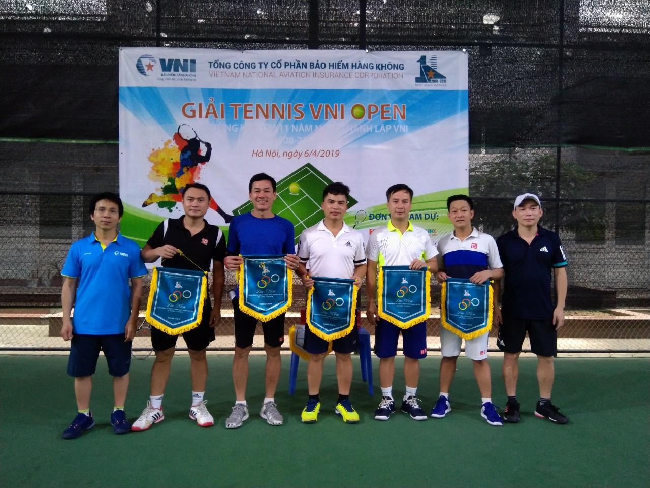 Bảo hiểm Hàng không (VNI) tổ chức giải bóng đá, tennis chào mừng 11 năm ngày thành lập